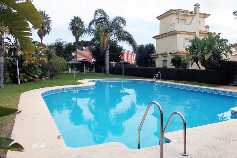 For Rent Semidetached house CHICLANA DE LA FRONTERA